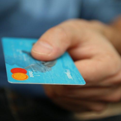 wstrzymywanie-transakcji-i-blokowanie-rachunkow